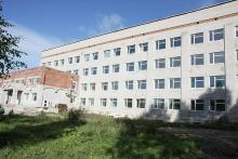 Здание  центральной районной больницы г.  Кириллов
